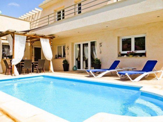 ferienwohnung und ferienh user ferienhaus mallorca villa can pedro. Black Bedroom Furniture Sets. Home Design Ideas