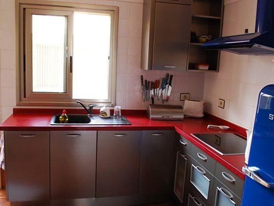 Küche, offen zum Wohnbereich