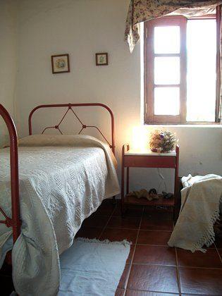 Schlafzimmer mit Einzelbett, Wohnung 1