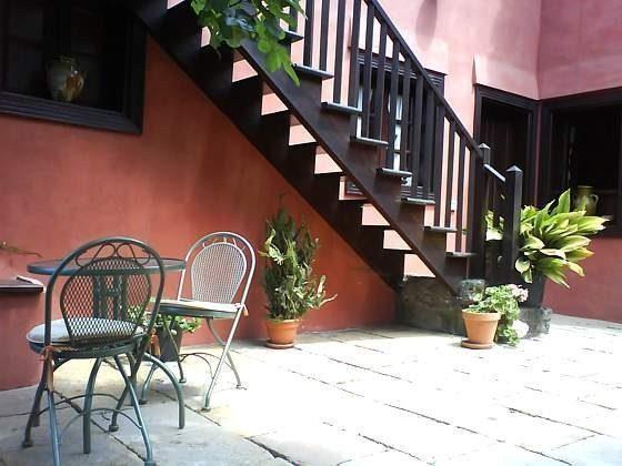 Patio mit Gartenmöbeln