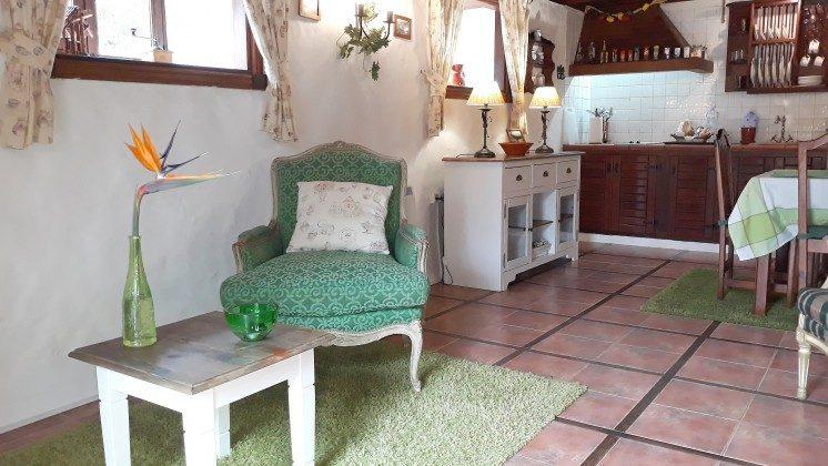 34454-1 Sitzplatz im Erdgeschoss und Küche