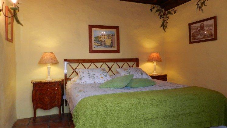 Schlafzimmer mit Doppelbett TF 34454-2