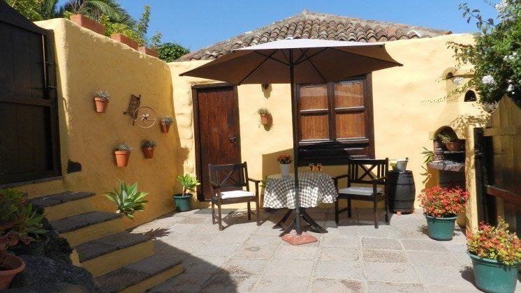 Kanarische Inseln Teneriffa Ferienhaus mit Terrasse und Gemeinschaftspool