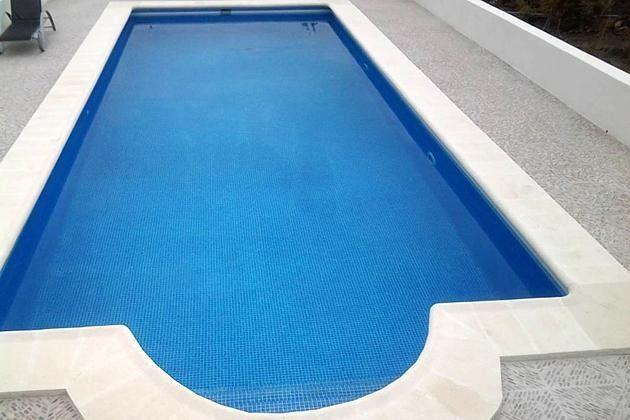 TF 151809-5 großer Pool und Sonnenterrasse