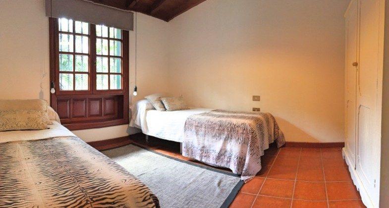 TF 177919-8 Schlafzimmer mit Einzelbetten