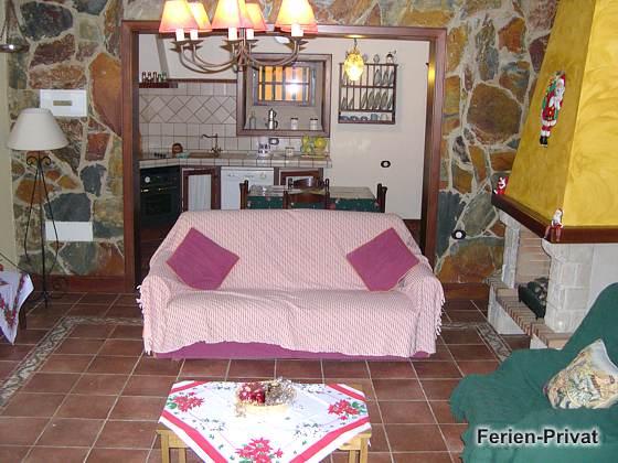 Wohnzimmer und Küche Wohnung B