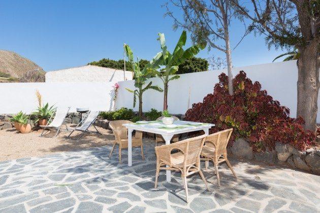 Wohnbeispiel: Terrasse ausgestattet mit Gartenmöbeln