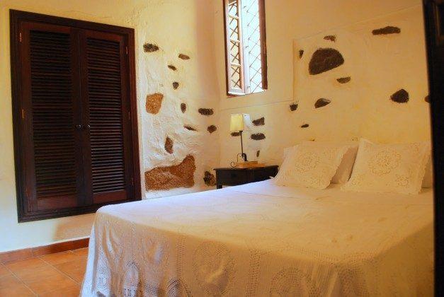 TF 151217 Wohnbeispiel Schlafzimmer mit Doppelbett, Haus B