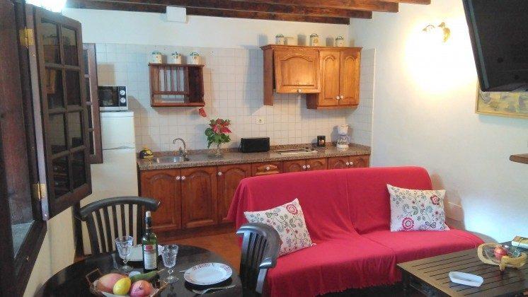 TF 151217 Wohnbeispiel Wohn-/Essraum mit Küchenzeile, Haus B