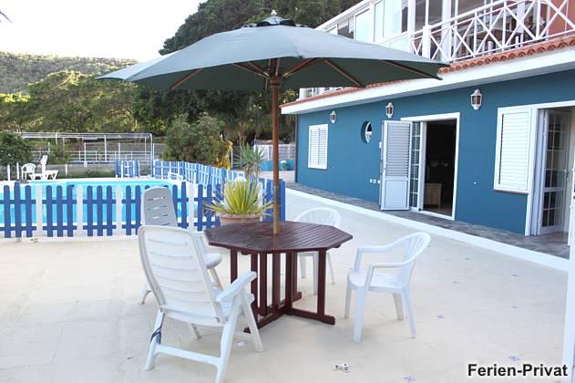 Terrasse Wohnung 2 am Pool